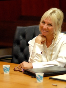 Linda Hogan, wife of Hulk Hogan, attends the hearing in their divorce case February 10, 2009 in Clearwater, Florida