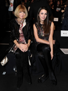 Anna Wintour and Bee Shaffer attend Mercedes-Benz Fall 2009 Fashion Week at Bryant Park on February 16, 2009 in New York City