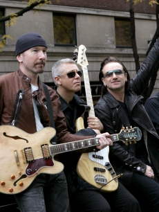 2004 The Edge, Adam Clayton, Bono and Larry Mullen, Jr. of U2 spend the day on the streets of New York City shooting a video for their new album 'How to Dismantle an Atomic Bomb'
