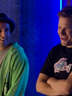 Adam Sandler and Seth Rogen yuck it up in 'Funny People'