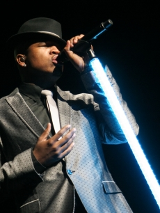 Ne-Yo makes a fine &#8216;Gentleman&#8217; at Radio City Music Hall in New York