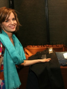 Ever the fashionista, Mena Suvari made a special request for not one, but two pairs of special custom-ripped jeans from Blue Notch