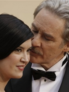 Kevin Kline and wife Phoebe Cates arrive for the 81st Academy Awards 
