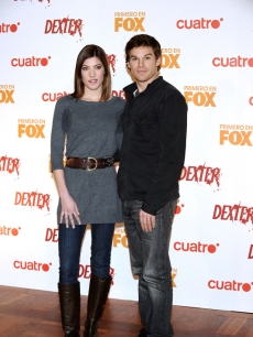 &#8216;Dexter&#8217; stars and real-life couple Jennifer Carpenter and Michael C. Hall hit the &#8216;Dexter&#8217; photocall in Madrid, Spain