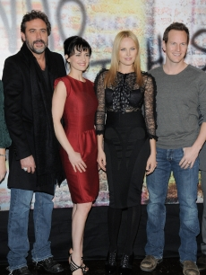 Jeffrey Dean Morgan, Carla Gugino, Malin Akerman and Patrick Wilson attend a photocall for 'Watchmen' ('Les Gardiens') at the Salon du Louvre on February 24, 2009 in Paris, France