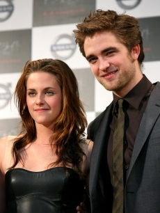 Kristen Stewart and Robert Pattinson promote 'Twilight' in Tokyo, Japan