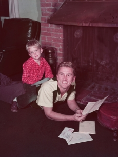 Kirk Douglas and son Mike Douglas in 1955