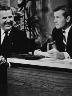 Ed McMahon and Johnny Carson banter on 'The Tonight Show'