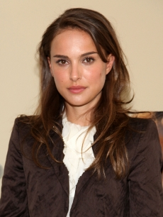 Natalie Portman attends a performance of 'A Powerful Noise' in New York