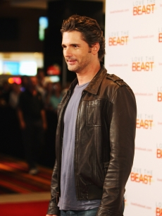 Eric Bana attends the world premiere of 'Love The Beast' at the Greater Union George Street Cinema on March 9, 2009 in Sydney, Australia