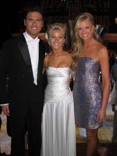 Nancy O'Dell with Chuck Wicks and Julianne Hough
