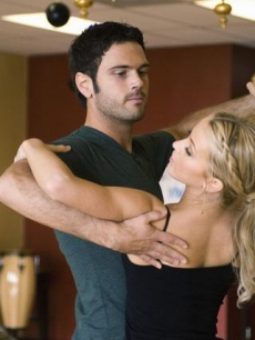Chuck Wicks and Julianne Hough rehearse
