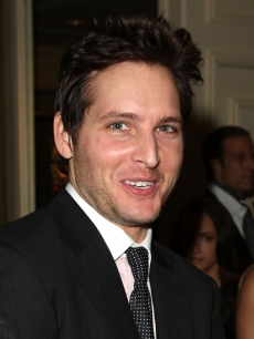 Peter Facinelli attends the 11th annual Costume Designers Guild Awards cocktail reception held at the Four Seasons Beverly Wilshire Hotel on Februray 17, 2009