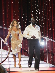 Edyta Sliwinska and Lawrence Taylor DWTS Season 8 Week 1