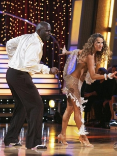 Edyta Sliwinska and Lawrence Taylor DWTS Week 1