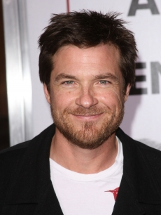 Jason Bateman shows off a new beard at the 'I Love You, Man' LA premiere