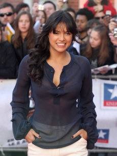 Michelle Rodriguez attends 'Fast & Furious 4' Photocall at Lomme - Kinepolis on March 18, 2009 in Lille, France