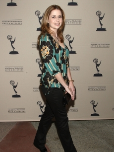 Jenna Fischer arrives at the Academy of Television Arts and Sciences' 'Inside the Office' panel discussion on March 18, 2009 in North Hollywood