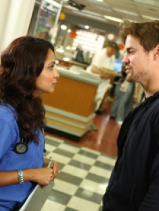 Shane West as Dr. Ray Barnett in ER