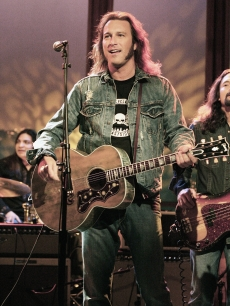John Corbett performs during segment of 'The Late Late Show' With Craig Ferguson at CBS Television Studios on April 11, 2006 in Los Angeles, California