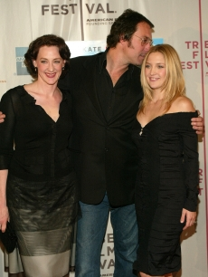 Joan Cusack, John Corbett and Kate Hudson arrive at the 'Raising Helen' screening during the 2004 Tribeca Film Festival May 1, 2004 in New York City