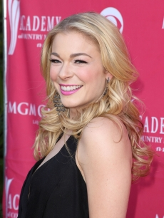 LeAnn Rimes shows her smile at the 44th Annual Academy of Country Music Awards