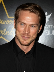 Jason Lewis attends the Hollywood Domino game launch benefiting The Art of Elysium at The Edison Ballroom on November 9, 2008 in New York City