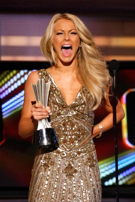 Julianne Hough gets excited about her award at the 44th Annual Academy of Country Music Awards