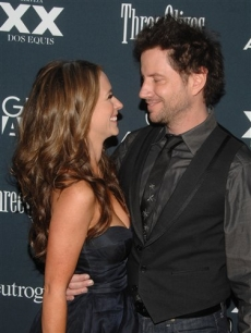 Jennifer Love Hewitt and Jamie Kennedy arrive to the Gen Art film festival premiere of 'Finding Bliss,' in New York, on Tuesday, April 7, 2009