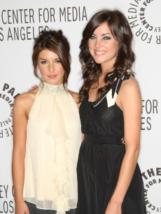 Lovely '90210' ladies Shenae Grimes and Jessica Stroup step out at PaleyFest09