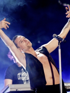 Dave Gahan strikes a pose while performing on 'Jimmy Kimmel Live!'
