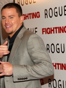 Channing Tatum attends the premiere of 'Fighting' at the Regal Union Square Stadium 14 on April 20, 2009 in New York City