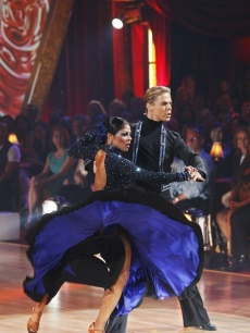 Lil Kim and Derek Hough go for a twirl