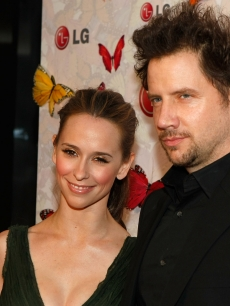 Jennifer Love Hewitt and Comedian Jamie Kennedy arrive at LG Rumorous Night with Heidi Klum held at the Andaz Hotel on April 28, 2009 in West Hollywood