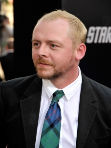 Simon Pegg ties things up at the 'Star Trek' premiere in Hollywood