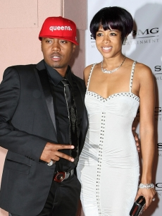 Nas and Kelis hit the EW Grammy After Party at STK in Hollywood (Feb. 10, 2009)