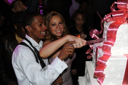 Mariah Carey &amp; Nick Cannon cut their One-year Anniversary cake at the Palms Casino Resort