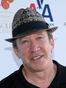Tim Allen arrives for the 2nd Annual National Kidney Foundation Celebrity Golf Classic at Lakeside Golf Club on May 4, 2009 in Burbank, California