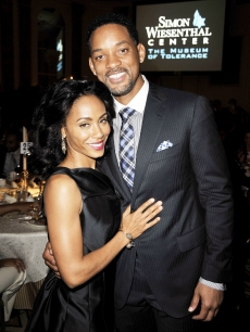 Will Smith and Jada Pinkett Smith pose at the Simon Wiesenthal Center's Annual National Tribute Dinner at the Beverly Wilshire Hotel on May 5, 2009 in Beverly Hills