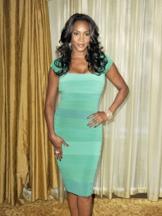 Vivica A. Fox arrives at the Simon Wiesenthal Center&#8217;s Annual National Tribute Dinner at the Beverly Wilshire Hotel on May 5, 2009 in Beverly Hills, California