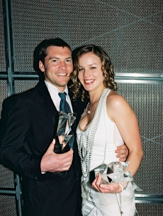 Sam Worthington, winner for Best Actor in a Leading Role in 'Somersault' and Abbie Cornish, winner of Best Actress in a leading Role during the 46th Australian Film Institute Awards 2004