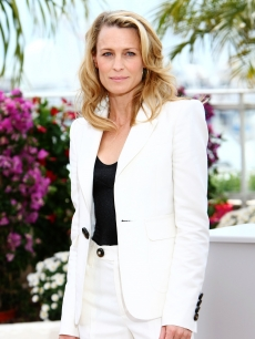 Robin Wright Penn attends the Jury Presentation Photocall at the Palais des Festivals during the 62nd International Cannes Film Festival on May 13
