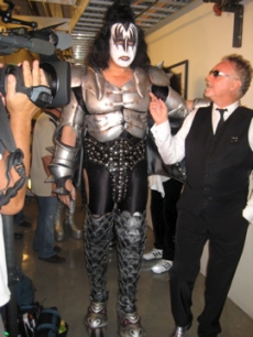 Gene Simmons and Roger Taylor from Queen backstage at the 'American Idol' finale