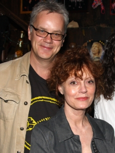 Tim Robbins and Susan Sarandon pose backstage at the rock musical 'Rock of Ages' on Broadway at The Brooks Atkinson Theater on May 24, 2009 in New York City