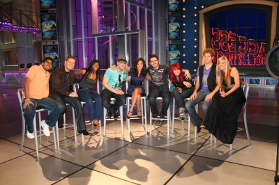 Anoop, Michael, Lil Rounds, Matt, AccessHollywood.com&#8217;s Laura Saltman, Danny, Allison, Scott and Megan from &#8216;American Idol&#8217;s&#8217; Top 10 on the Access set, May 21, 2009