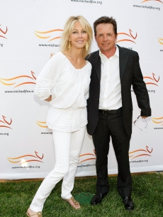 Heather Locklear and Actor Michael J. Fox attend Michael J. Fox Foundation For Parkinson&#8217;s Research Summer Lawn Party held at a Private Residence on May 30, 2009 in Topanga, California
