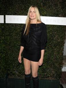 Daryl Hannah attends a screening of &#8220;Home&#8221; at Stella McCartney&#8217;s store on June 5, 2009