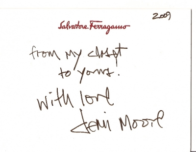 Demi Moore's note attached to her Ferragamo clutch