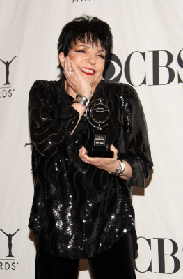 Liza Minnelli poses backstage during the 63rd Annual Tony Awards at Radio City Music Hall on June 7, 2009 in New York City