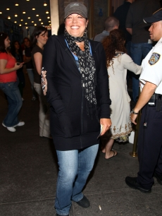 A casual Sara Ramirez attends 'Grey's Anatomy' co-star Chandra Wilson's debut in 'Chicago' on Broadway on June 8, 2009 in New York City